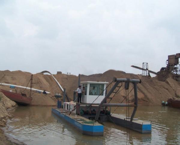 绞吸式抽沙船,铰刀采砂船